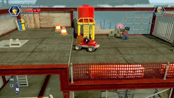 While using the RC car, you need to hurry, because as soon as you start, the countoun until the explosion starts also. - Fireman training | Walkthrough - Chapter 10 - LEGO City: Undercover Game Guide