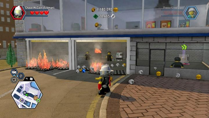 Start by putting out the fire in front of the hospital and eliminate the opponents - Hospital | Walkthrough - Chapter 10 - LEGO City: Undercover Game Guide