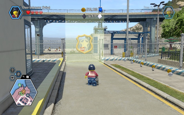 Go behind the police station to the vicinity of the garages - Free Moe de Luca | Chapter 6 - Chapter 6 - LEGO City: Undercover Game Guide