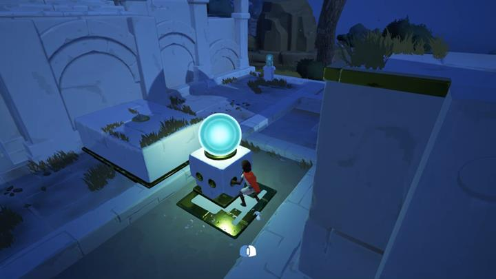You have to move the pedestal with the orb into specific spots and activate it with your voice. - Coliseum and the first key | Chapter 1 - Walkthrough - Chapter 1 - Rime Game Guide