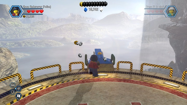 Build a platform for jumping and go down - Rexs HQ | Chapter 13 | Walkthrough - Chapter 13 - LEGO City: Undercover Game Guide